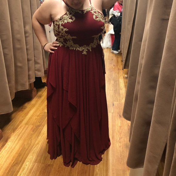BURGUNDY AND GOLD PLUS SIZE PROM DRESS